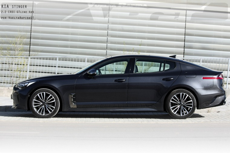 KIA STINGER CRDI 10 copia